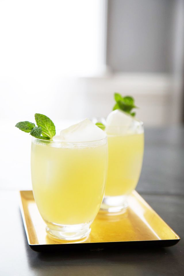 Sparkling Honey and Lemon Gingerade