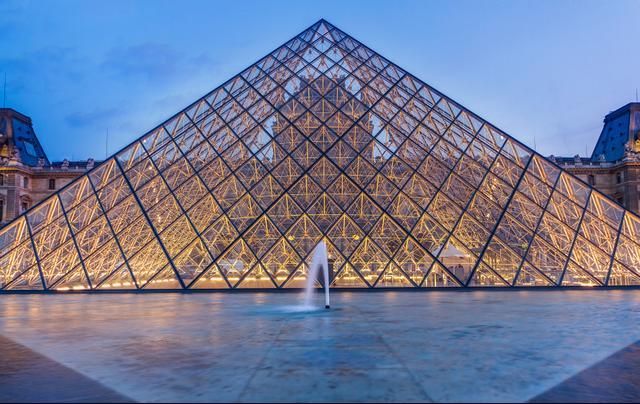 5. Musée du Louvre