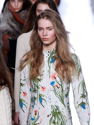 Watch It Live: Topshop Unique Spring 2016