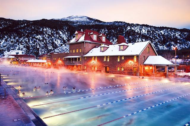 Glenwood Hot Springs Pool, Colorado