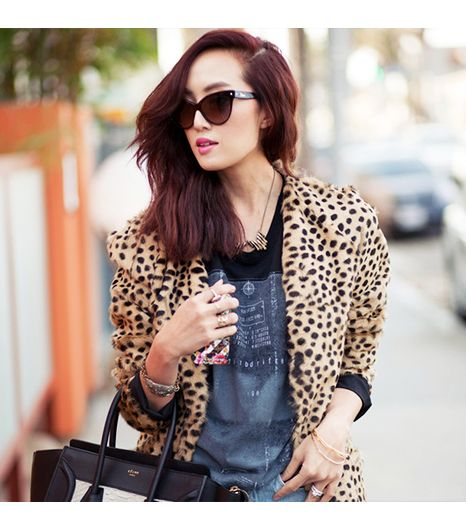 Chrisellelim is wearing: Celine bag, Gorjana bracelet, Dior sunglasses.