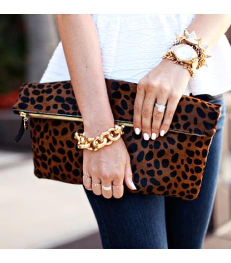 Dashofdarling is wearing: Clare Vivier bag, Torn by Ronny Kobo shirt, Kate Spade watch, J.Crew bracelet.  Get The Look: Clare VivierFoldover Clutch ($197)  See more ways to wear...
