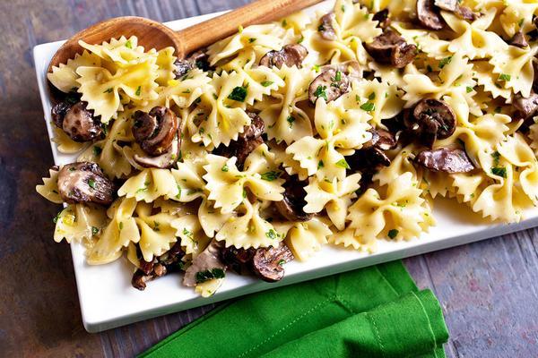 Pasta With Mushrooms and Gremolata