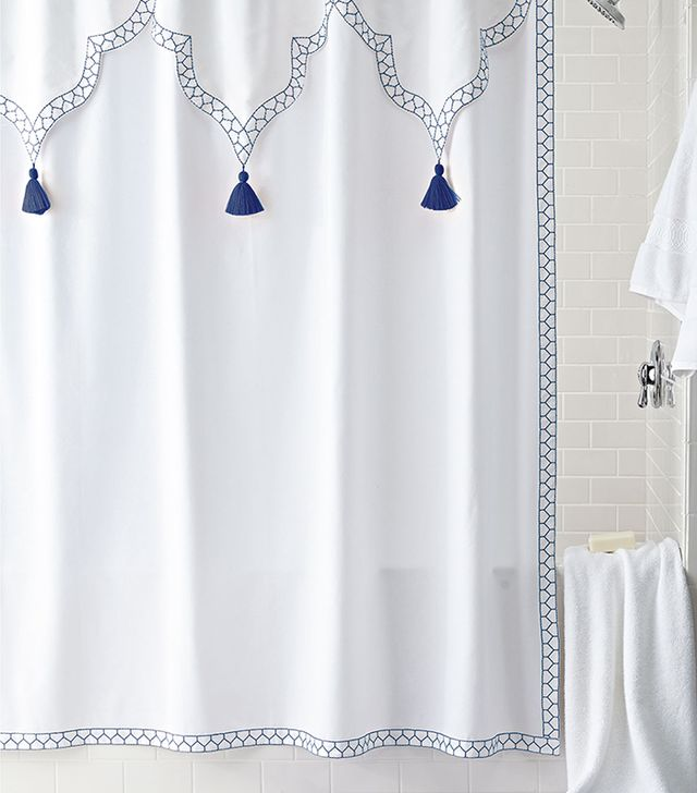 Top 10 Chic and Simple Shower Curtains