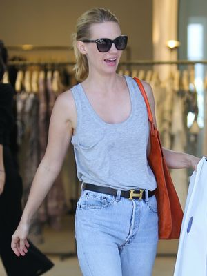How January Jones Makes a $25 T-Shirt Look Expensive