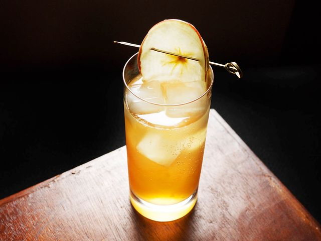 Sparkling Apple Sherry Cocktail