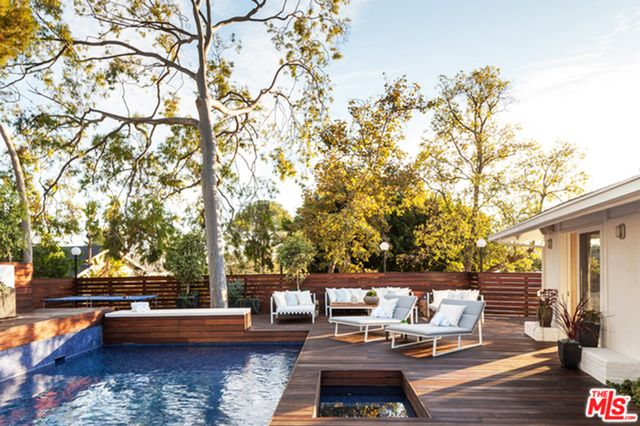 To see more of this home, visit Trulia.