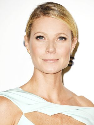 Gwyneth Paltrow Wore a Super-Daring Dress on the Red Carpet