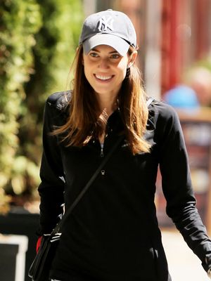 Allison Williams's Workout-Clothes Hack Is Kind of Genius