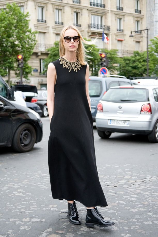Street Style: Black Maxis + Flat Boots