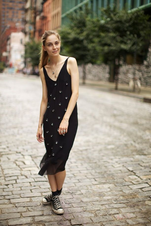 Street Style: Easy Black Dress + Converse
