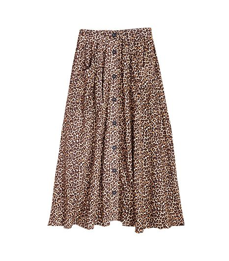 Who says midi skirts have to be dowdy? Give your look a dose of animal magnetism with this leopard version.