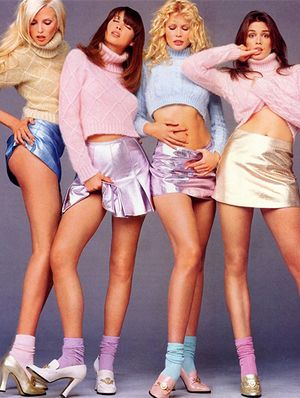 From Naomi to Kate, Channel Your Favorite '90s Models