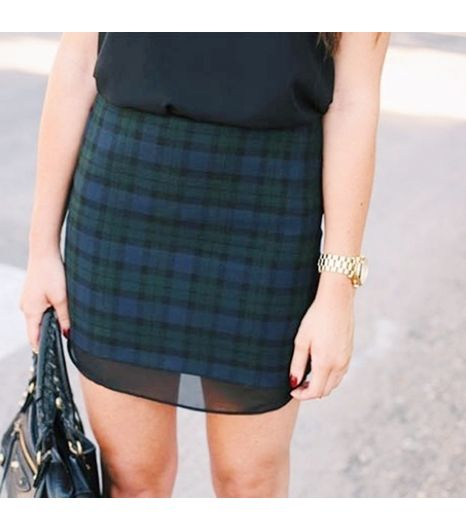 Caseyscollection is wearing: Zara skirt, Michael Kors watch.
