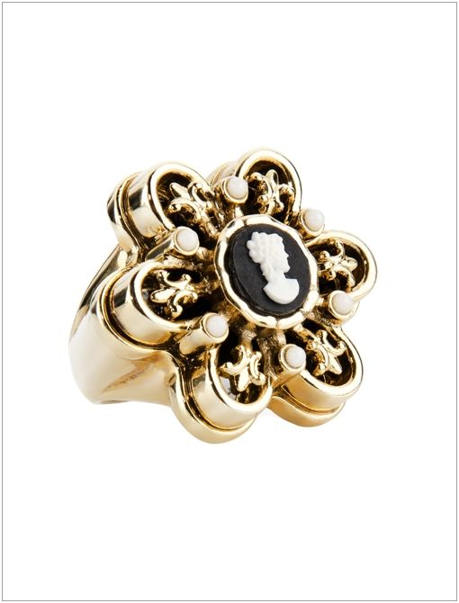 Bambina Cameo Ring ($30)
