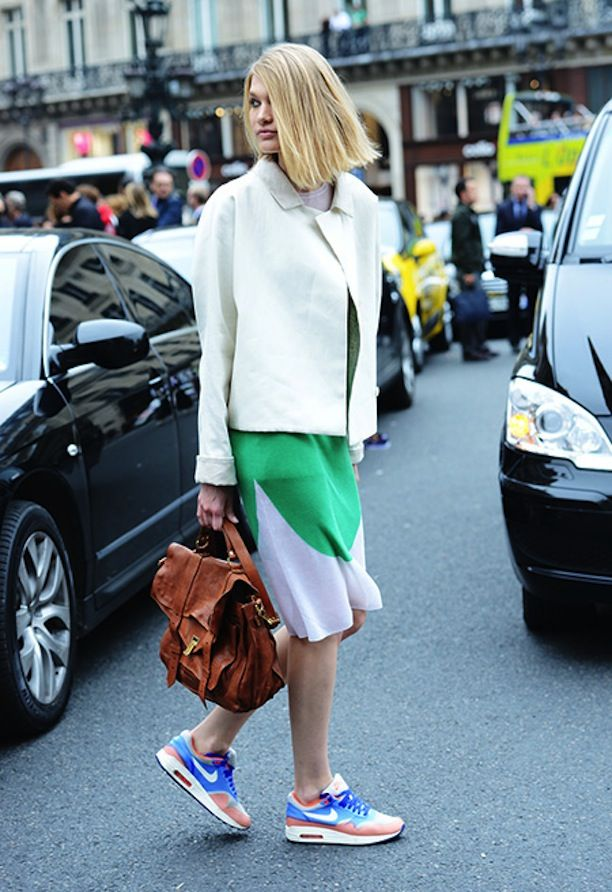 Get Inspired To Try A Pair Of Bright Casual Kicks With These 3 Street Style Looks