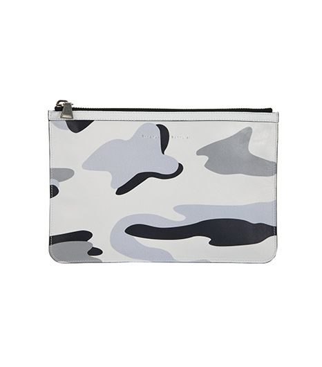 Perfect for stashing essentials when running to appointments. 