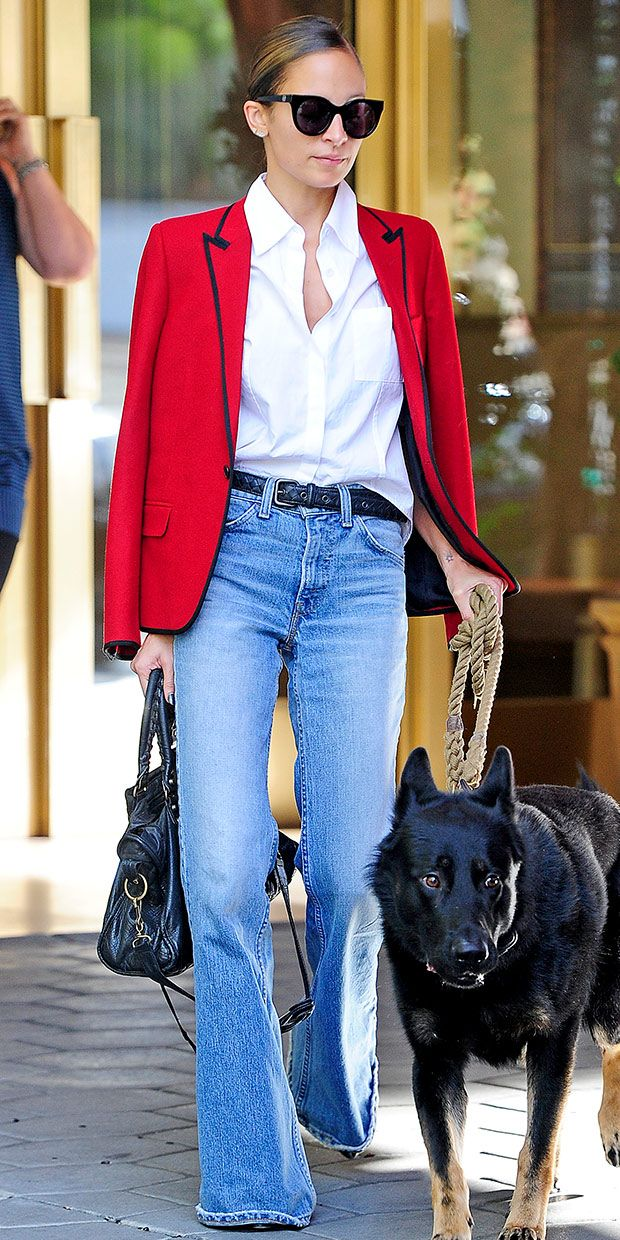 Nicole Richie Meets A Friend For Lunch In Los Angeles.