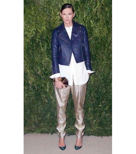 Jenna Lyons  J.Crew's Executive Creative Director always seems to have a styling trick up her sleeve, and at the CFDA and Vogue 2013 Fashion Fund Finalists Celebration in New York City,...
