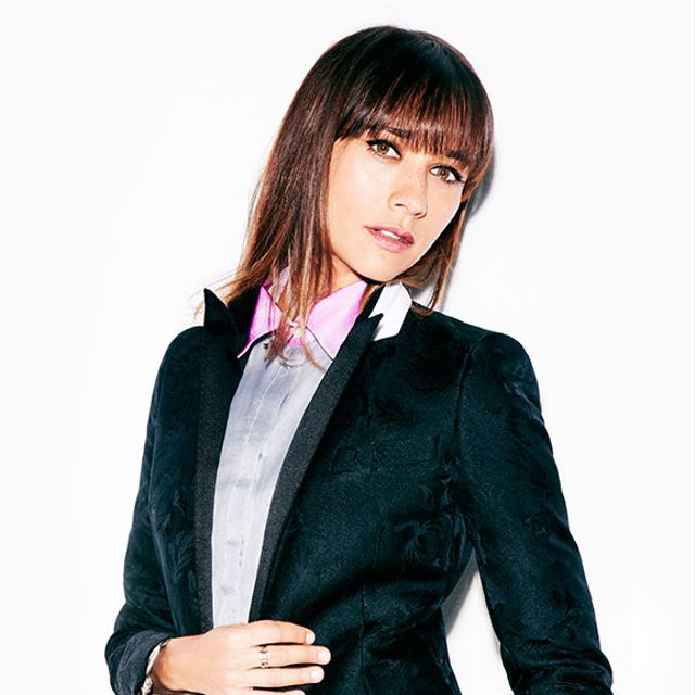 Rashida Jones Puts Her Own Spin On Fall's Menswear Trend