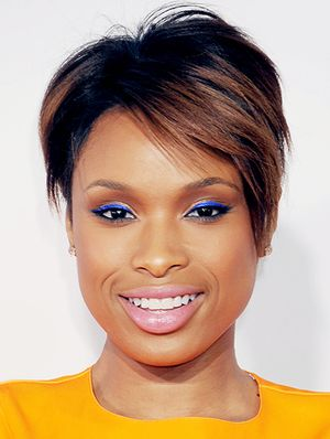 Get Jennifer Hudson's Marc Jacobs' Inspired Look With This How-To From Her Makeup Artist