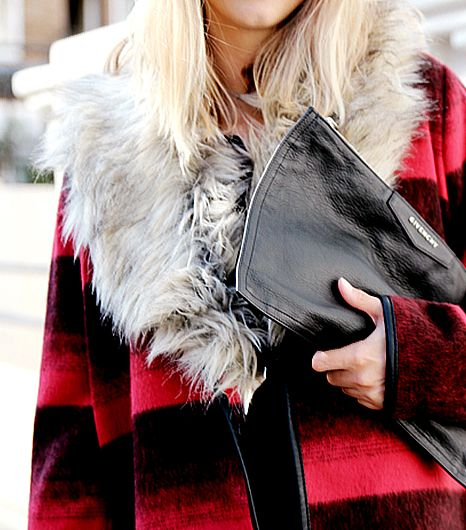 Skip The Scarf: Cozy Up With This Chic Alternative