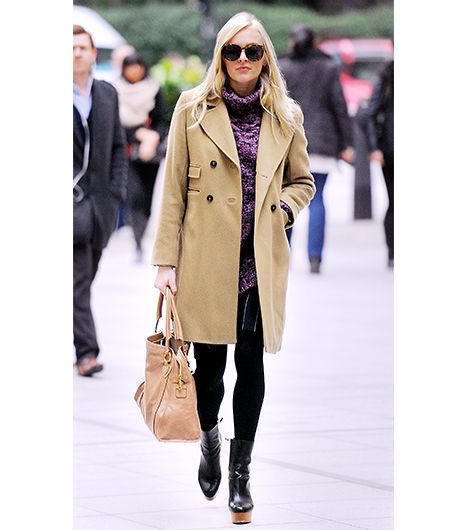 You can balance a slim, tailored style with platform boots and chunky wool knit. 