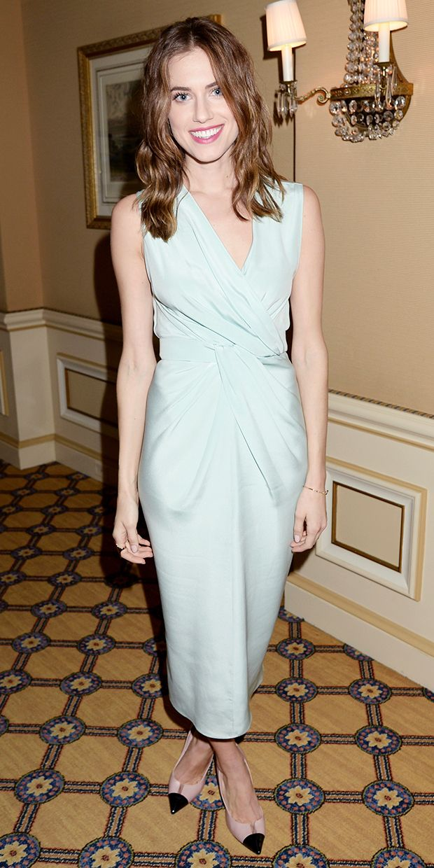 Allison Williams Looks Gorgeous Off The Red Carpet Too