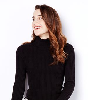 3 Creative Ways to Wear A Turtleneck