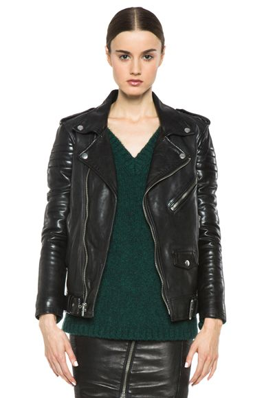 What Are Some New Ways To Wear My Leather Jacket