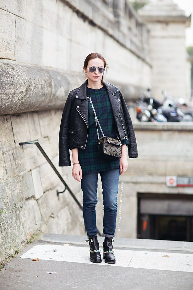 The Cool New Way To Wear A Cross Body Bag Whowhatwear