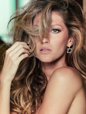 Fact or Fiction: 10 Hair Myths Debunked
