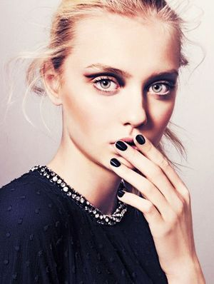 5 Drugstore Top Coats that Really Prevent Chipped Nails