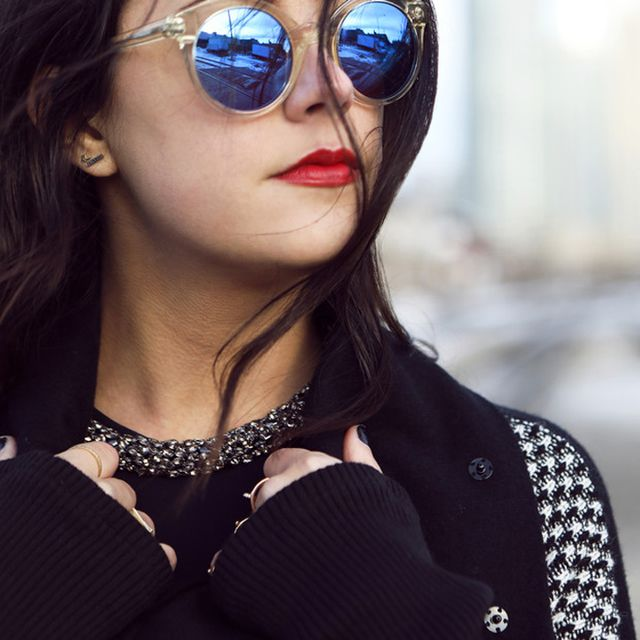 Jenagambaccini is wearing: Illesteva sunglasses, Alexis Bittar necklace.