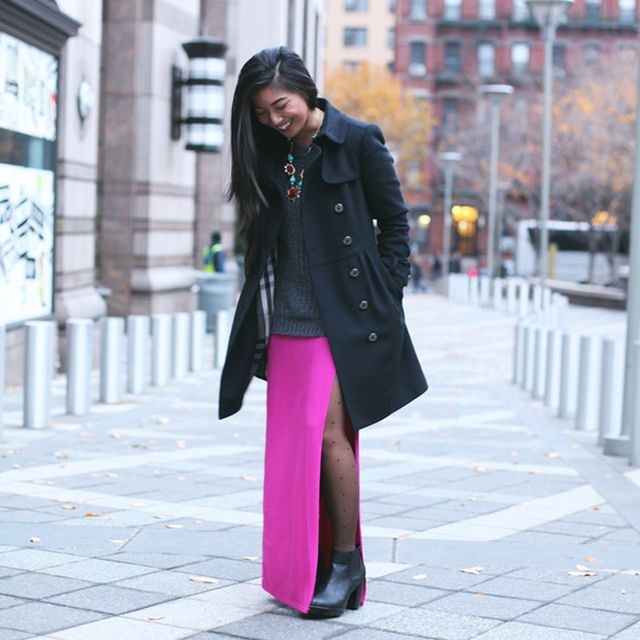 Honeynsilk is wearing: Burberry coat, ASOS tights, Anthropologie necklace.