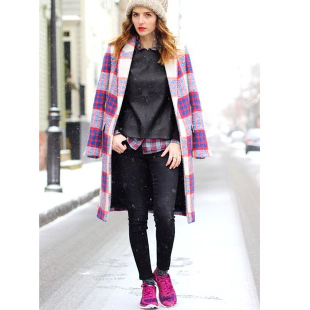 Jessannkirby is wearing: Nike sneakers, J Brand jeans, Lulu's sweater, Zara coat.