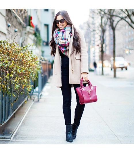 Kattanita is wearing: Danielle Nicole bag, J.Crew coat, Rag & Bone booties, 7 For All Mankind booties, Zara scarf.