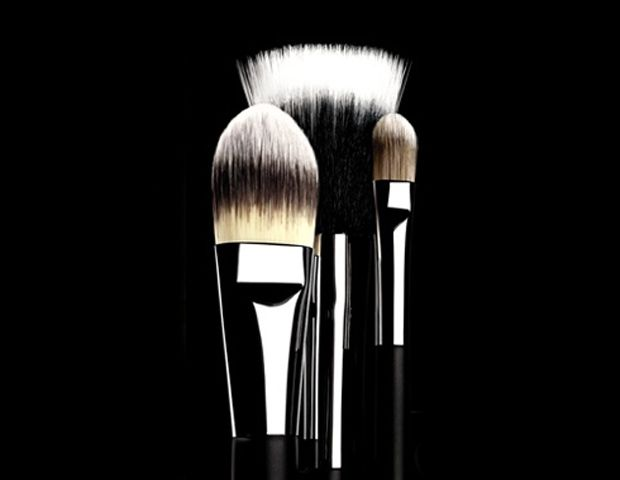 Tip of the Day: Clean Those Brushes