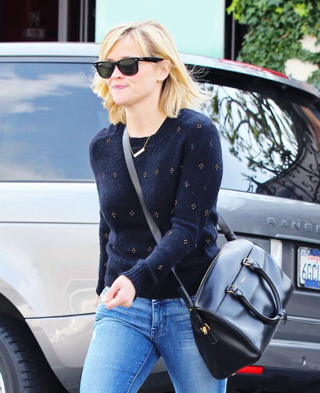 Reese Witherspoon   Do you think of your personal style as classic, perhaps with a dash of prep? The bar necklace works for your sensibilities, too. Just pair it with a cute crewneck sweater,...