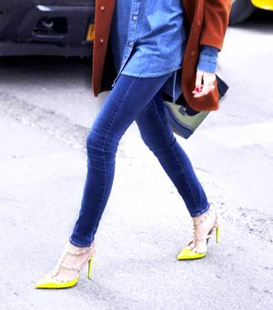 The Best Jeans & Shoe Combinations For Spring