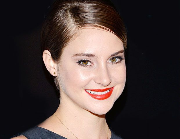 Exclusive: Shailene Woodley's All-Natural Divergent Premiere Beauty Look