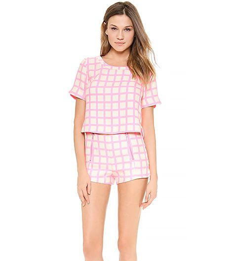 Set the sartorial standard this festival season with this printed two-piece set.