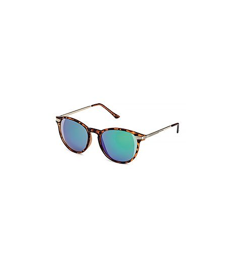 These sunnies are perfect for everyday wear, but will also fit flawlessly into your Coachella wardrobe.  H&M Sunglasses ($8)