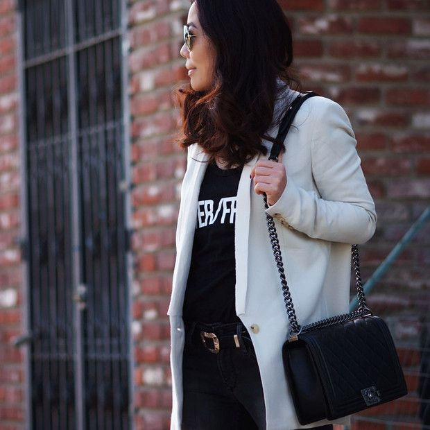 Halliedaily is wearing: Helmut Lang blazer, Chanel bag.