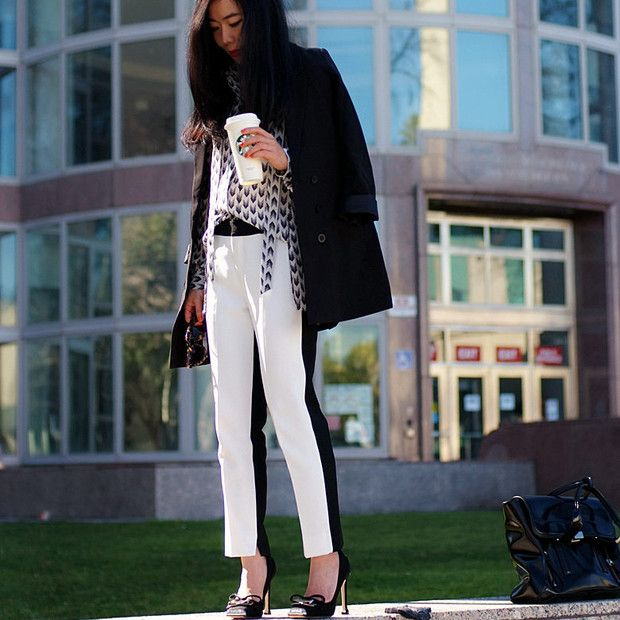 Halliedaily is wearing: Rag & Bone shirt, Zara pants.
