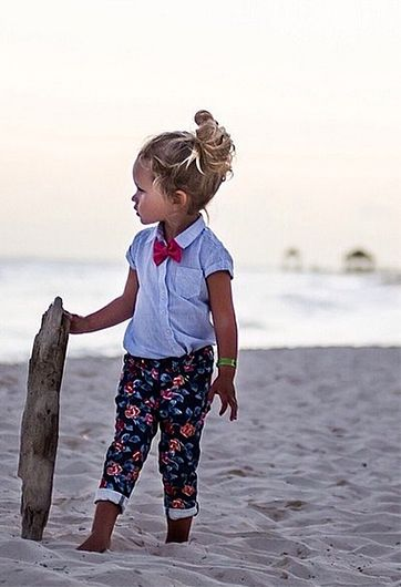 NK: Madewell prep meets Gidget.
