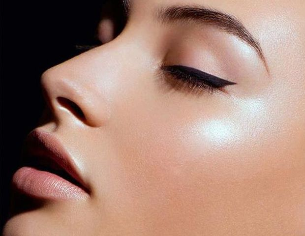 Make Your Pores Look Smaller With These Simple Tricks