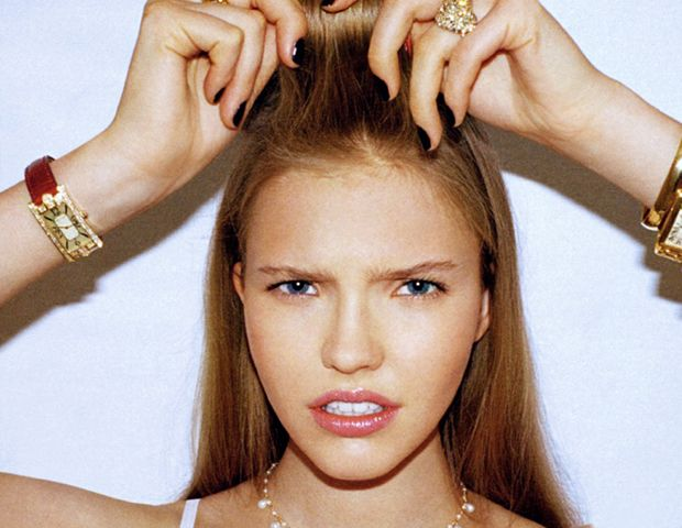9 MAJOR Hair Mistakes You're Probably Making