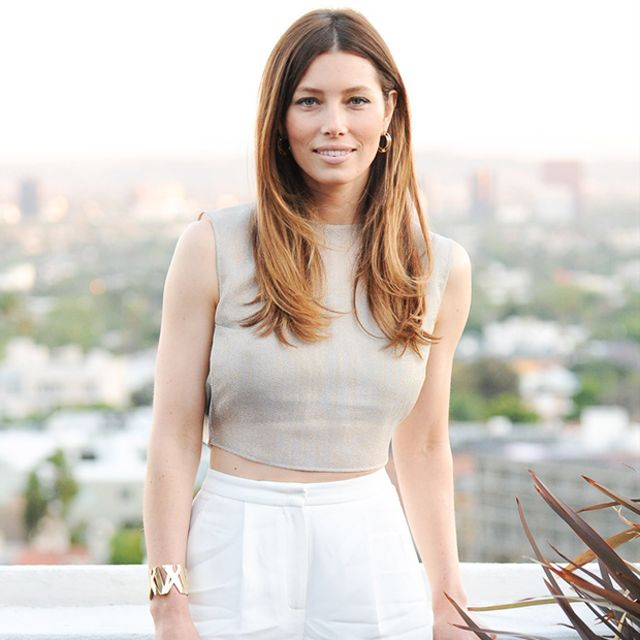 Jessica Biel Puts It In Neutral At Tiffany & Co. Atlas Event