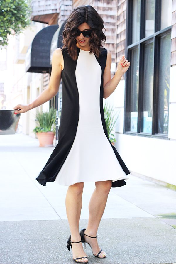Trick 9: Try A Colorblock Dress With Side Panels